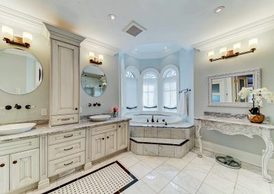 Oakville Architecture Photography Video | Master-Ensuite-(1)